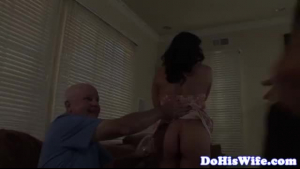 Cuckolding housewife gets it blowjob